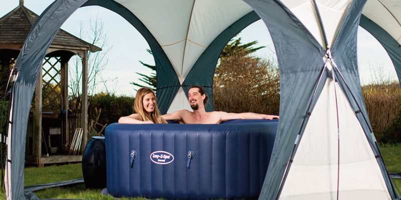 Feel the Heavenly and Relaxing Sensation in a Hot Tub Tent