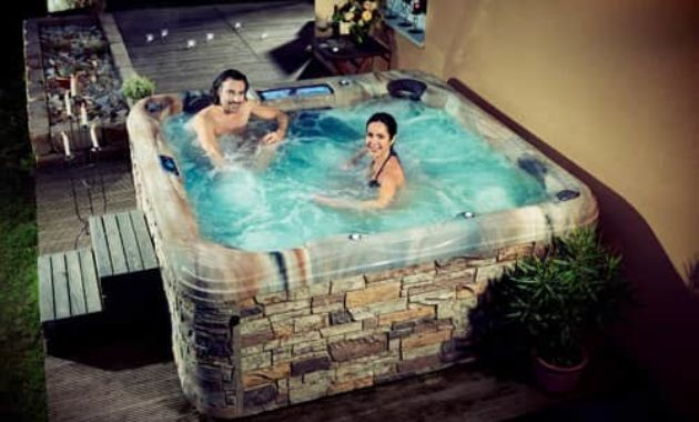artesian hot tub