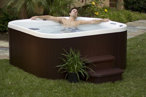 lifesmart-hot-tub