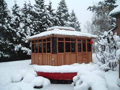 hot tub enclosure winter