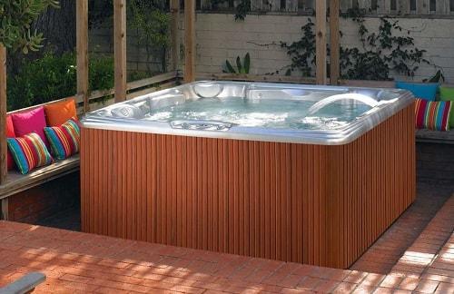 natural hot tub tips