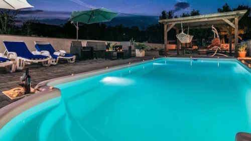 Fiberglass In-ground Swimming Pool