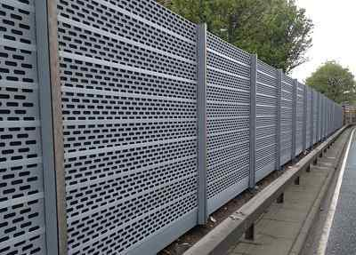 Noise barrier fence ideas to block annoying sound - Exterior noise barrier materials ...