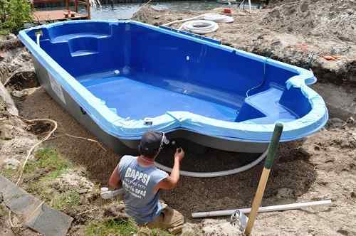 What is fiberglass swimming pool diy pros and cons for Fiberglass pool installation