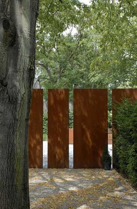 modern fence 14