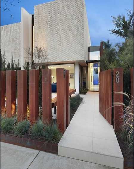 modern fence 15