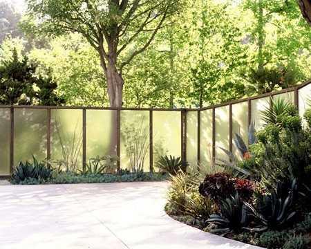 modern fence 6