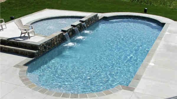 What is fiberglass swimming pool diy pros and cons for Resin tubs pros and cons