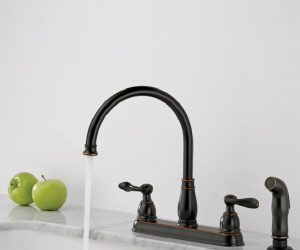 Delta Oil Rubbed Bronze Kitchen Faucet feature