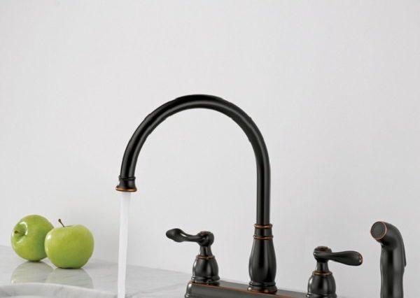Delta Oil Rubbed Bronze Kitchen Faucet feature