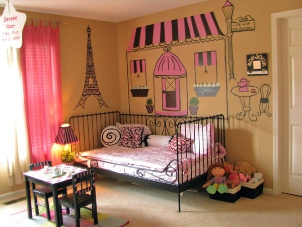 Five Keys Aspect to Create A Paris Themed Girl Bedroom