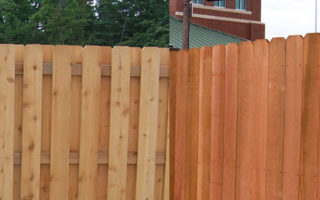cedar vs redwood fence