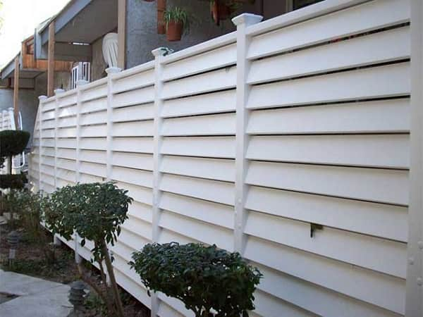 8 Simple Steps In Installing The Horizontal Vinyl Fence