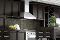 features outdoor kitchen vent hood