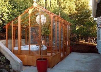 wooden hot tub enclosure feature