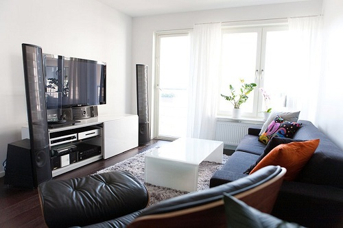 7 ways how to set up a living room of the smaller house for Ways to set up a small bedroom