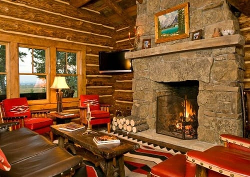 Log Home Living Rooms 5