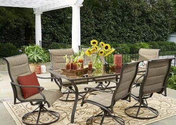 Oakdale 7 Piece Dining Set feature