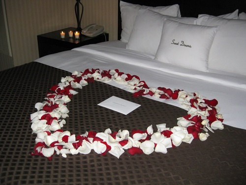 Romantic Decorations for Bedroom