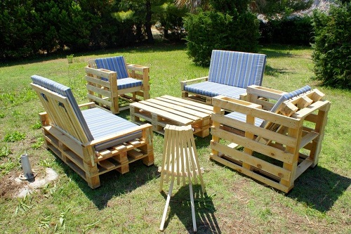20 Beautiful Wood Pallet Furniture Ideas For Your Patio