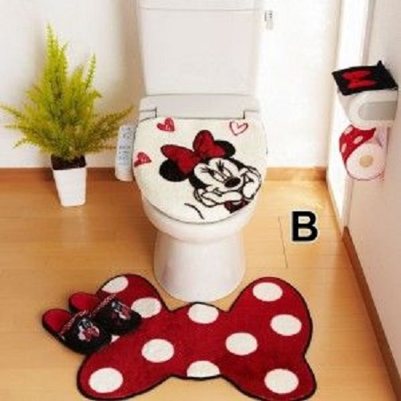Amazing Minnie Mouse Bathroom Set