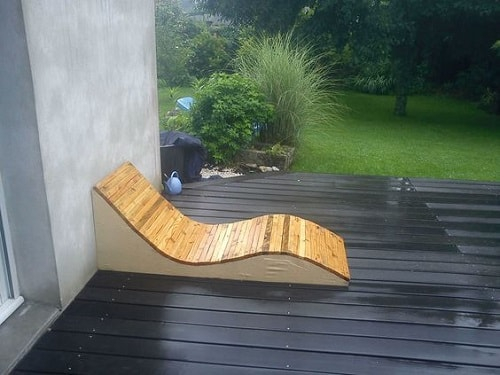 wood pallet lounger ideas 18