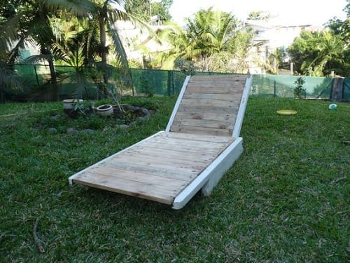 wood pallet lounger ideas 19