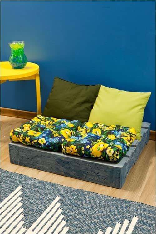 wood pallet lounger ideas 9