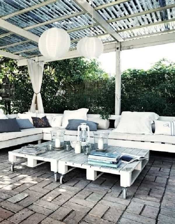 wood pallet seating set ideas feature-min
