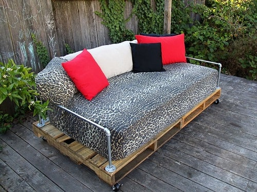 wood pallet sofa ideas 12