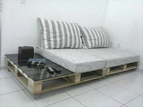 wood pallet sofa ideas 7