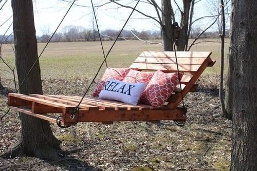 wood pallet swing ideas 16