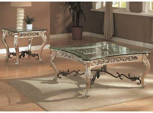 Astoria Grand's Table Set