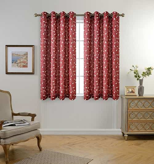 Burgundy-Curtains-For-Living-Room-12