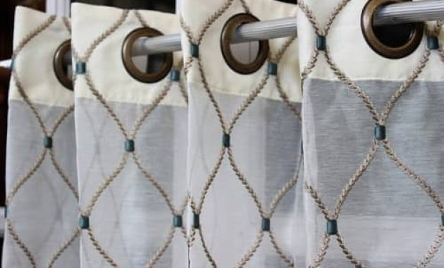 Modern-Valances-For-Living-Room-featured