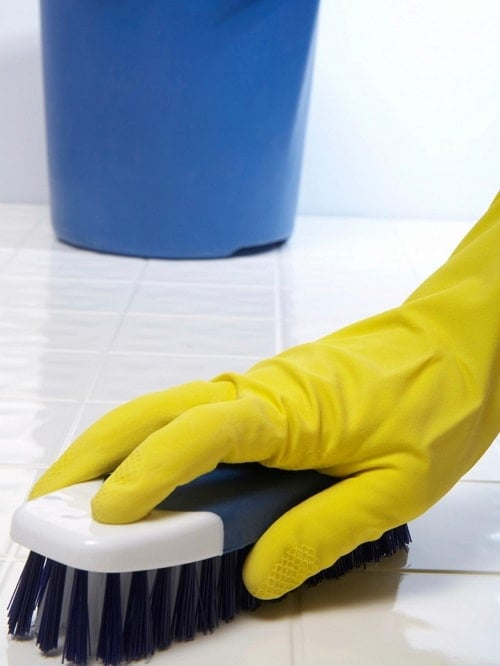 best-way-to-clean-bathroom-tiles