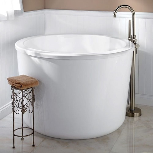 Deep Bathtubs For Small Bathroom