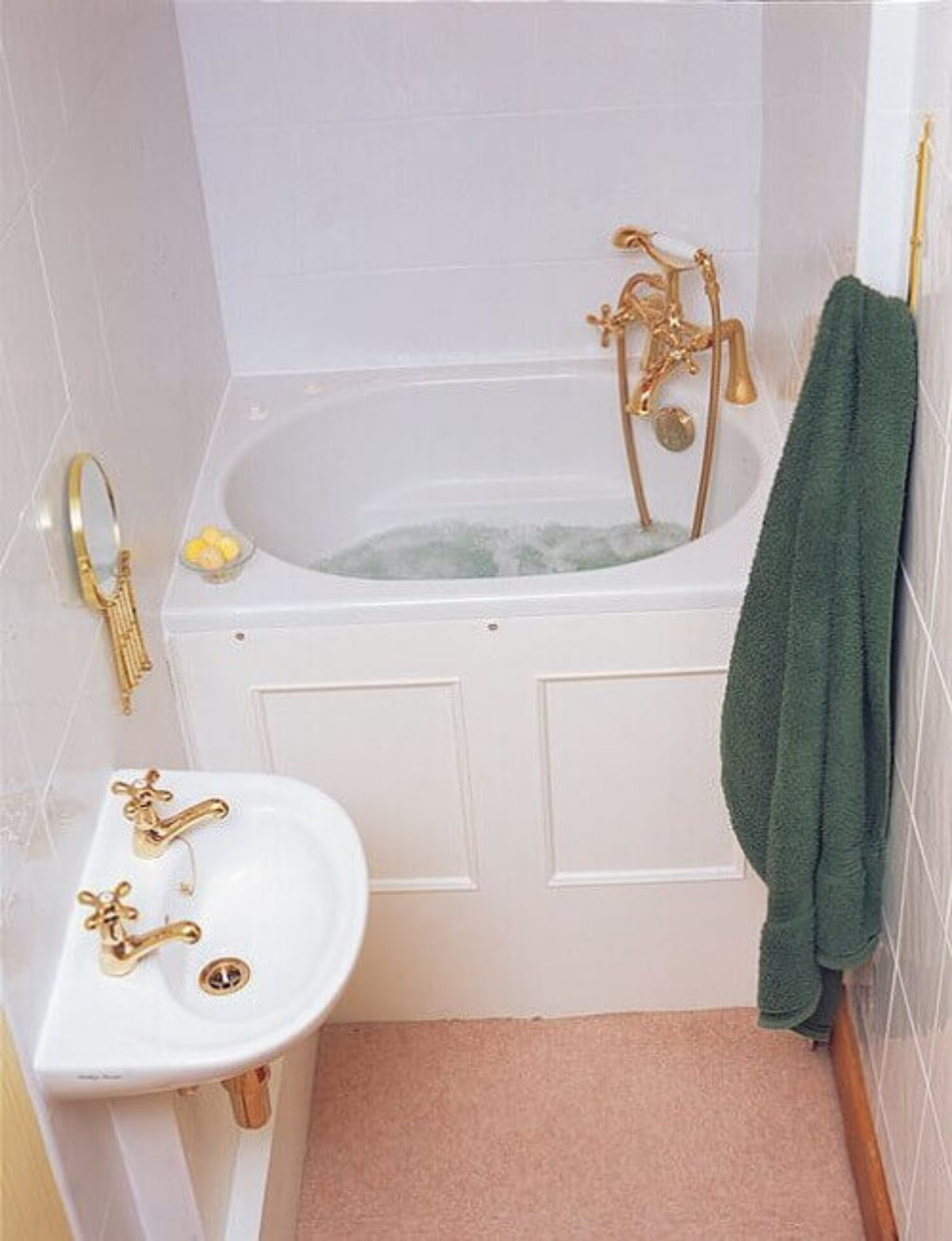 Picture of: Top 20 Deep Bathtubs For Small Bathrooms Ideas That You Must Have