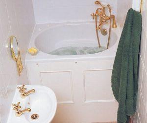 deep bathtubs for small bathroom