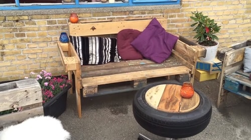 DIY wood pallet sofa tutorial 3