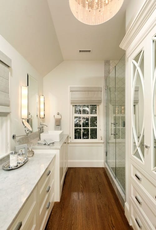 long narrow bathroom ideas 1-min