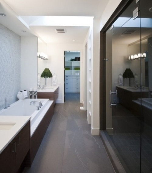long narrow bathroom ideas 12-min