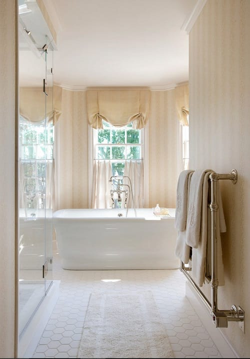 long narrow bathroom ideas 20-min