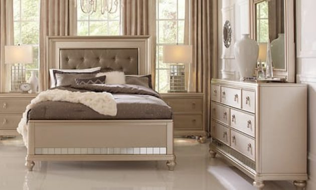 Sofia Vergara 5pc Paris Silver Queen Bedroom Set