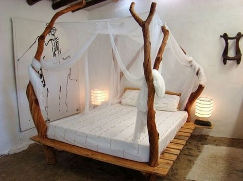 20+ Most Inspiring Wood Pallet Bedroom Ideas You Have To Try on Pallet Bedroom Design  id=34349