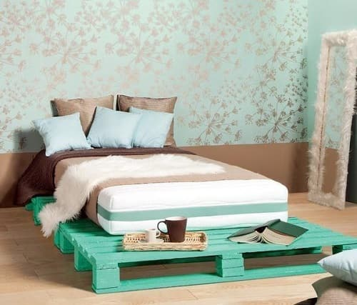 20+ Most Inspiring Wood Pallet Bedroom Ideas You Have To Try on Pallet Bedroom Design  id=97296