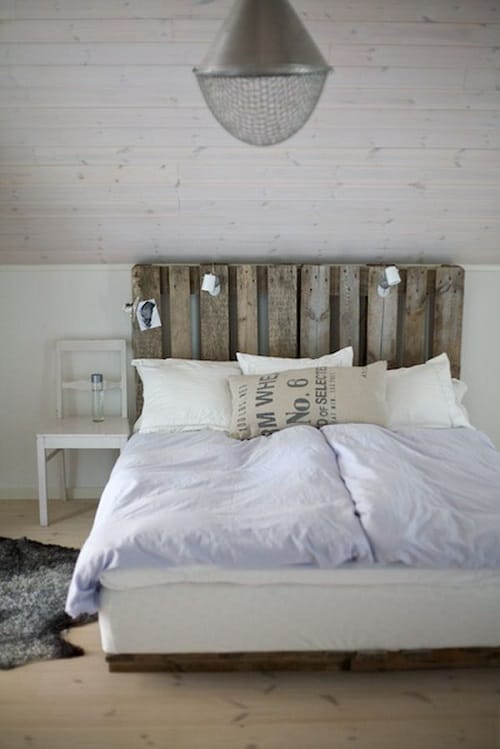 20+ Most Inspiring Wood Pallet Bedroom Ideas You Have To Try on Pallet Bedroom Design  id=27003