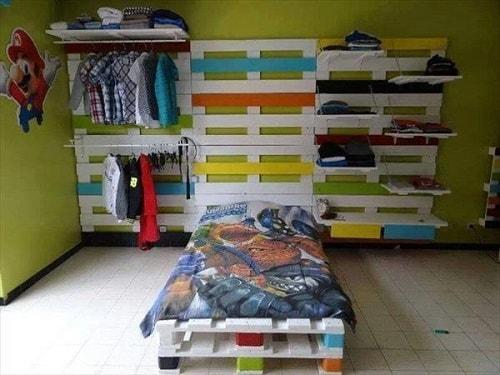 wood pallet bedroom ideas 9