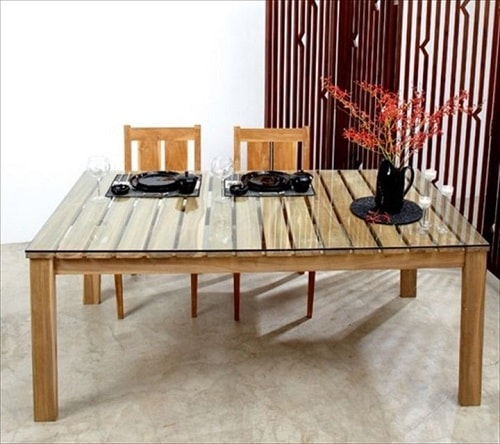 wood pallet dining table ideas 1-min