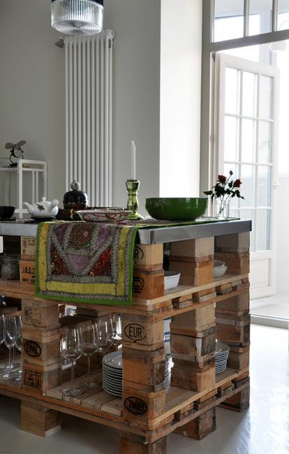 wood pallet kitchen island 15